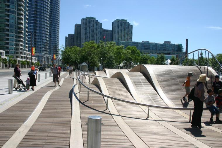 Toronto Wavedeck West8 Urban Design